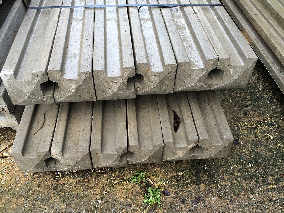 Concrete Slotted Corner Posts